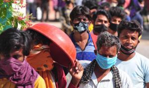 معدل الإصابة بكورونا في الهند متوسط قياسًا بعدد سكانها