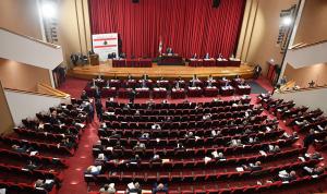لبنان المُحاصَر بالأزمات يلهو بـ… «حروب صغيرة»