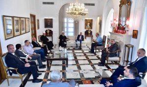 لقاء في خلدة يبحث في أوضاع الدروز: للإسراع في الإصلاح الجريء