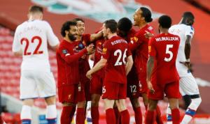 ليفربول يلامس لقب الدوري الإنكليزي بفوز ساحق على بالاس