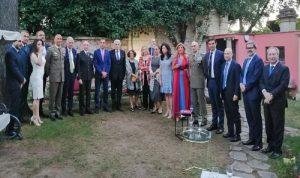 لقاء تعارف في روما بين حتي وعدد من المسؤولين الإيطاليين