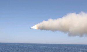 الحرس الثوري يطلق صواريخ تجاه مياه الخليج