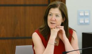 السفيرة الأميركية: باسيل حوّر لقاءاتنا… والعقوبات مستمرة