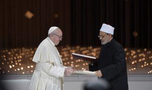 اتصالات بين الفاتيكان والازهر.. لبنان في صلبه