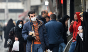 """إيران تسجل زيادة قياسية في إصابات """"كورونا"""""""