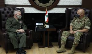 العلاقات الثنائية بين قائد الجيش وماكنزي