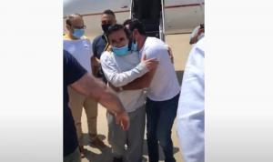 بالفيديو: لحظة وصول قاسم تاج الدين إلى مطار بيروت