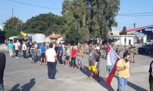 اعتصامان امام كهرباء قاديشا ومرفأ طرابلس