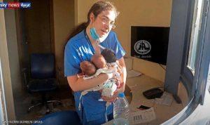 """""""الممرضة الشجاعة"""" تروي قصة إنقاذها للأطفال الرضع في الانفجار"""