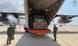 وصول المساعدات الإنسانية من سلطنة عمان الى لبنان
