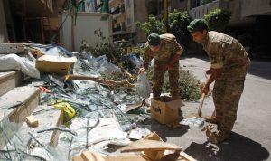 الجيش يواصل توزيع المساعدات وإزالة الركام من الشوارع