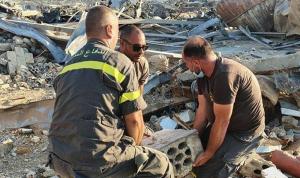 بالصور: عمليات البحث عن مفقودين في مرفأ بيروت مستمرة