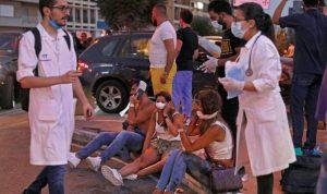 المستشفيات المنكوبة بكورونا تستغيث.. ومئات الجرحى يفترشون المداخل
