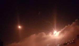 """إسرائيل تقصف مواقع لـ""""الحزب"""" في لبنان"""