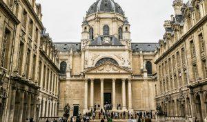 زيادة رسوم التسجيل بالجامعات في فرنسا؟