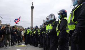في بريطانيا.. اعتقال 10 أشخاص في احتجاج على إجراءات العزل