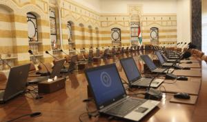 """""""الثنائي"""" لم يتلقَ مبادرة الحريري بإيجابية: لا نريده أن يتجرّع السم"""