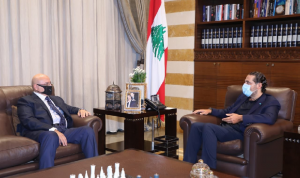 الحريري عرض وسفير الكويت العلاقات الثنائية