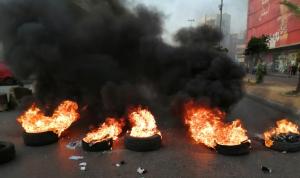 قطع أوتوستراد طرابلس عكار احتجاجًا على ارتفاع الأسعار