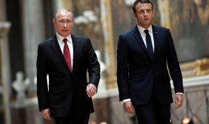 قضية نافالني بين بوتين وماكرون