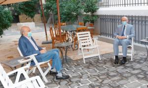جنبلاط بحث مع السفير الألماني في التطورات السياسية
