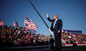 ترامب متهماً الديمقراطيين: يحاولون سرقة الانتخابات