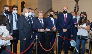 باسيل التقى الحريري: لم نطرح أي مطلب سوى وحدة المعايير