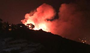 حريق كبير في جبيل ومناشدة من الأهالي لاخماده (صور وفيديو)