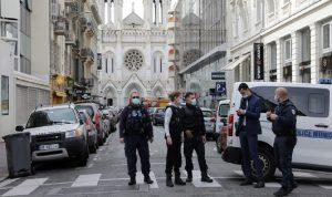 الارهاب يضرب فرنسا… ورفع مستوى التأهب