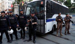 اعتقالات في تركيا بسبب تغريدات عن زلزال إزمير