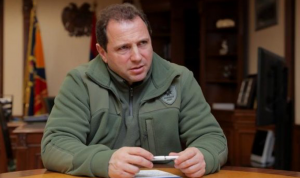 بعد تسليم منطقة لأذربيجان.. وزير دفاع أرمينيا يستقيل