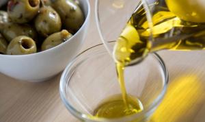 الزيت اللبناني من الأفضل في العالم!