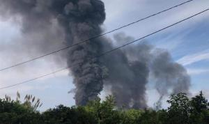 انفجار أنابيب النفط في شمال لبنان يعيد قضية التهريب إلى الواجهة