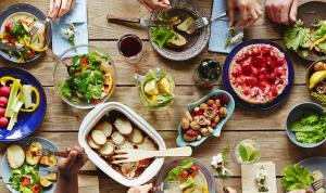 رمضان في الأزمة… سعر السلة الغذائية يحلّق