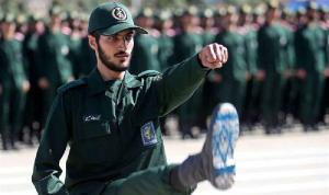 قائد الحرس الثوري يهدد أعداء إيران