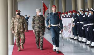 وصول رئيس أركان الجيوش الفرنسية إلى اليرزة