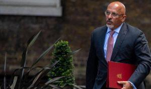 """بريطانيا تعيّن وزيرًا من أصل عربي لتوزيع لقاح """"كورونا"""""""