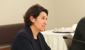 السفيرة الفرنسية للّبنانيات: أنتنّ تمثّلن أملًا عظيمًا لنساء هذا البلد