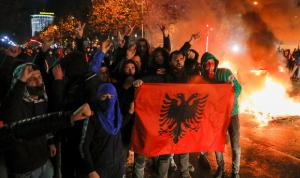 استقالة وزير الداخلية الألباني بسبب مقتل شاب على يد الشرطة