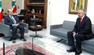 عون التقى سفير تشيلي في لبنان مودعًا