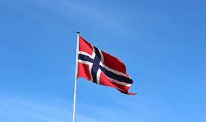"""النروج تشدد إجراءات العزل لمكافحة سلالة لـ""""كورونا"""" أسرع انتشارًا"""