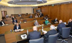 لجنة الصحة ناقشت مع كومار جاه ما يمكن أن يقدمه البنك الدولي صحيًا