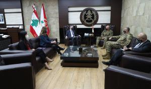 ديروشر بحث وقائد الجيش في مسار مفاوضات الترسيم البحري