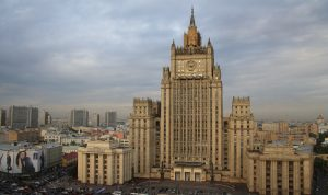 موسكو: عقوبات واشنطن وبروكسل محاولة لصرف الانتباه
