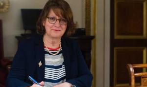 نائبة فرنسية: لا يمكن القول إن المبادرة الفرنسية ماتت