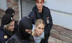 روسيا تلاحق محامية مقربة من نافالني
