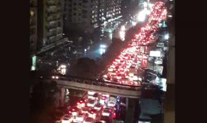 مواطنون عالقون داخل سياراتهم في طرابلس يناشدون فهمي!