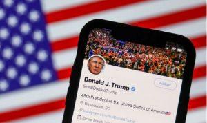تعليق حسابات ترامب على وسائل التواصل كافة