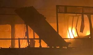 بالفيديو: آثار القصف على محيط السفارة الأميركية في بغداد