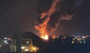 بالفيديو: انفجار خزان للمحروقات في منطقة القصر
